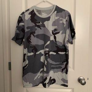 Nike camouflage t-shirt